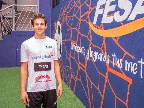 Salvadoreño de 16 años podría jugar profesionalmente en Italia