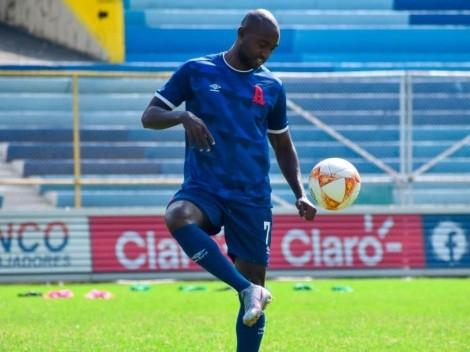 Alianza anuncia la partida de Oswaldo Blanco