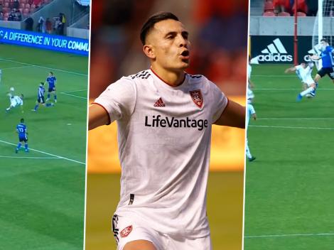Rubio Rubín marca un golazo de chilena en la MLS [VIDEO]